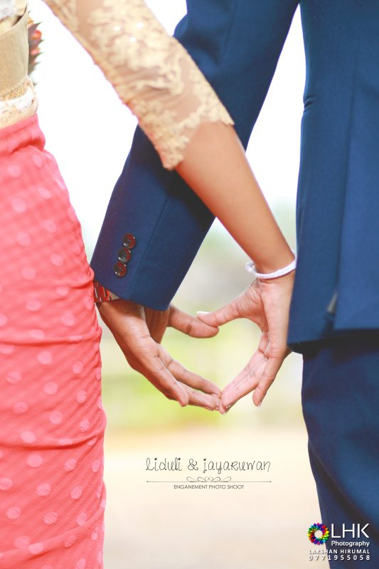 wedding-homecoming-photoshoot-lakshan-hirumal-photography-liduli-Jayaruwan